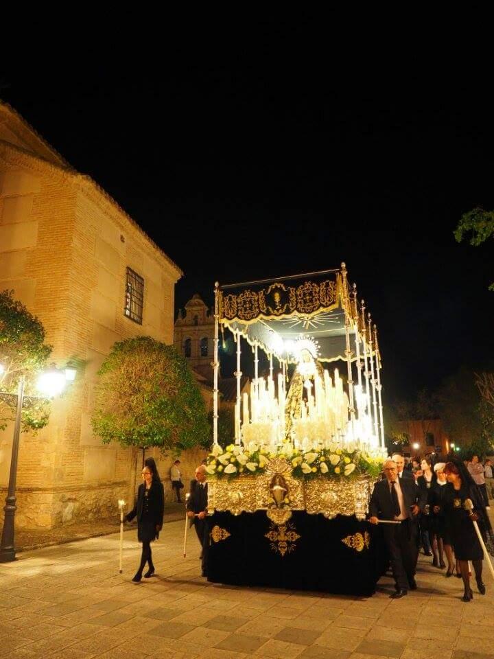 Emotiva procesión del santo entierro en Torralba de Calatrava