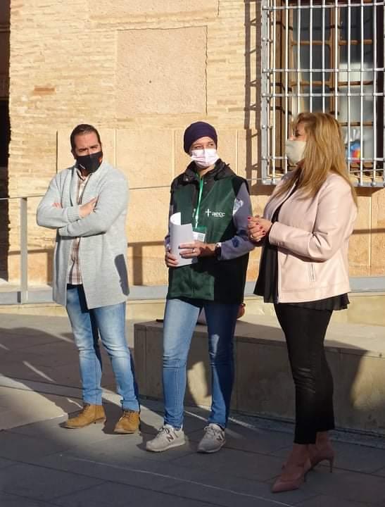 Torralba de Calatrava muestra su apoyo a las personas afectadas por el cáncer de mama